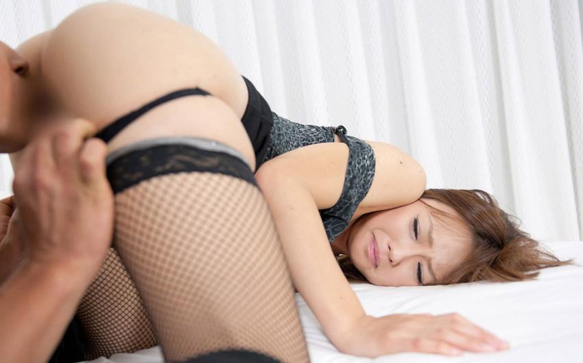 【クンニリングスエロ画像】女の子の股間を舐めまくるプレイがこちらwww 04