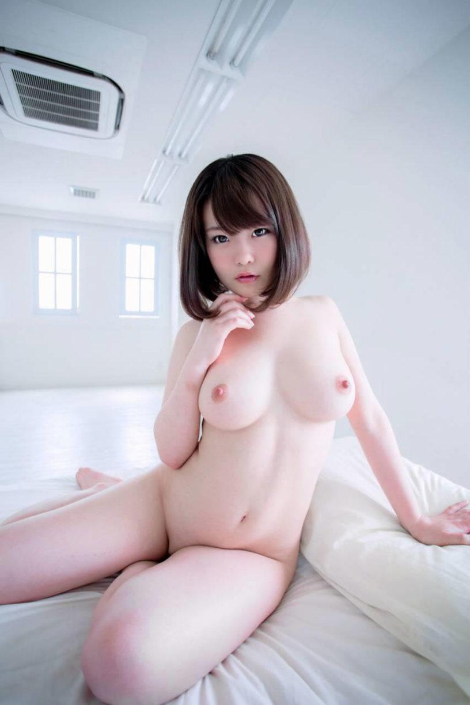 【美乳エロ画像】思わず感嘆のため息…美乳の女の子を集めた美乳特集! 21