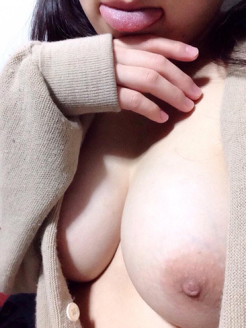 【素人自撮りエロ画像】自らの破廉恥な姿を自撮りして晒すえっちな素人娘! 07