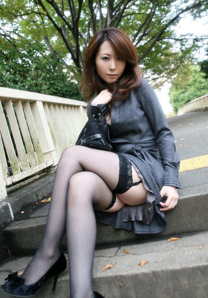 【美熟女エロ画像】年をとっても美しく艶やかな美熟女たちのエロ画像が抜ける! 39