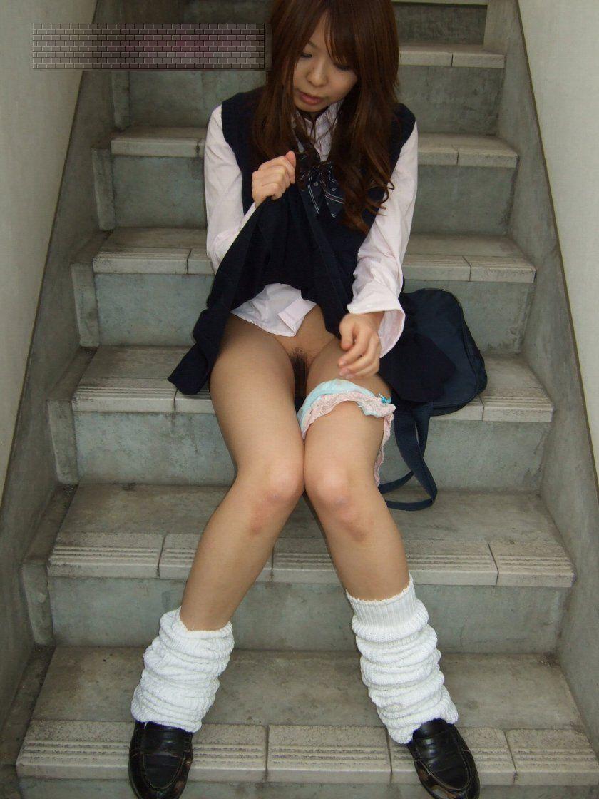 【JKコスプレエロ画像】若々しい魅力にノックアウト!JKコスプレエロ画像 43
