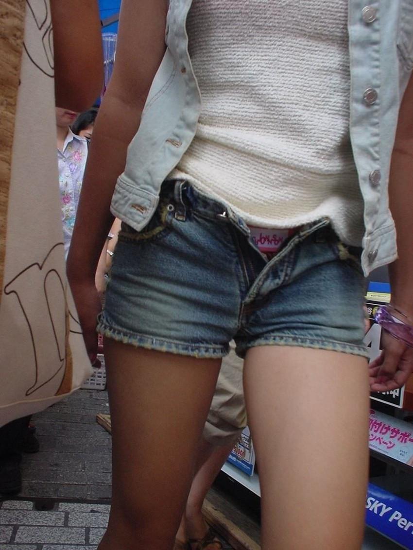 【ホットパンツエロ画像】街中で見かけたホットパンツの女の子を追跡したったww 09