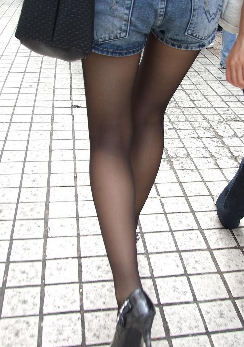 【ホットパンツエロ画像】街中で見かけたホットパンツの女の子を追跡したったww 32