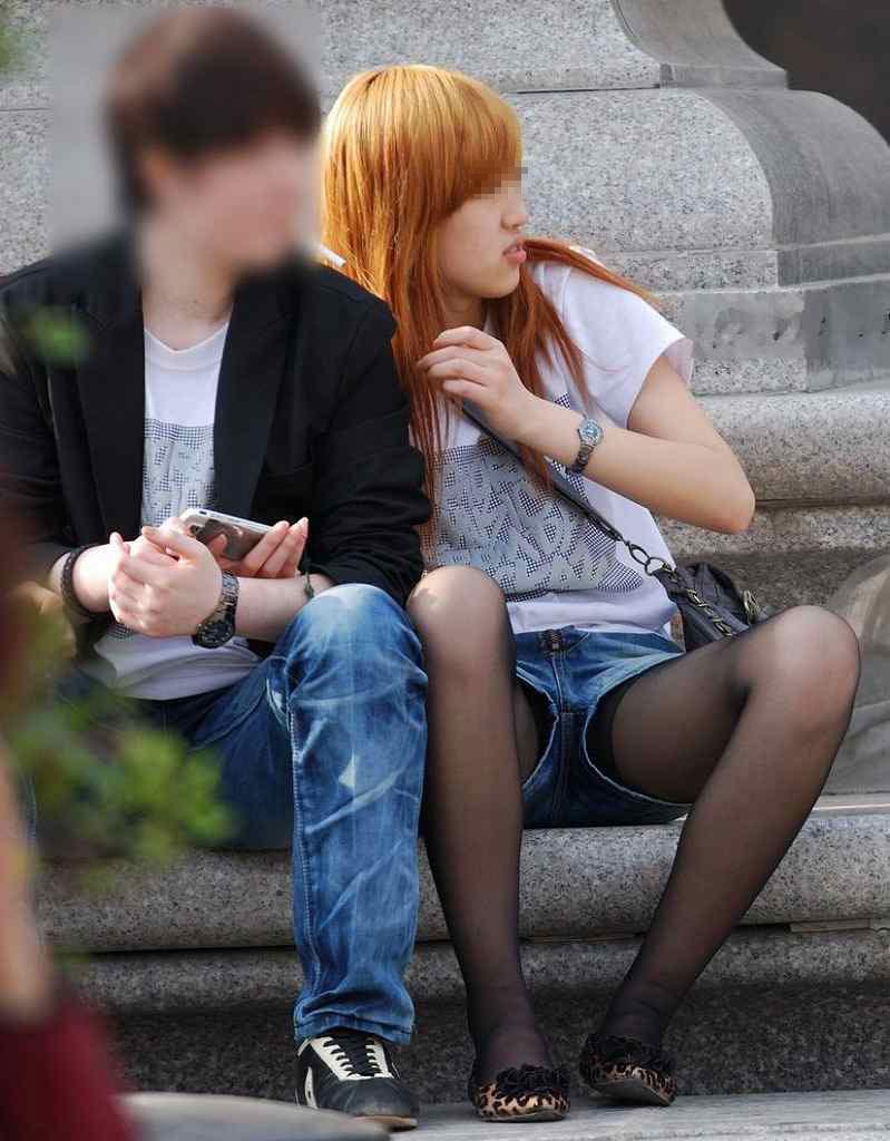 【ホットパンツエロ画像】街中で見かけたホットパンツの女の子を追跡したったww 41