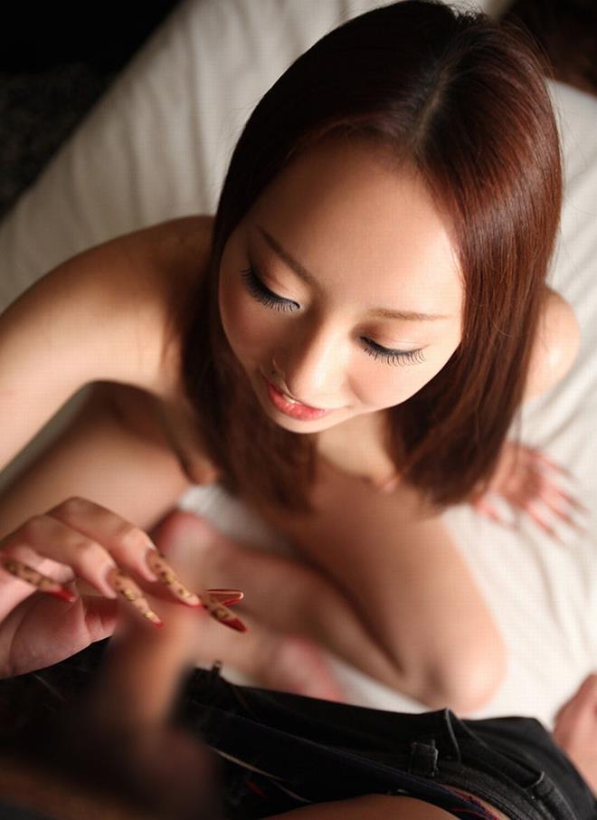【手コキエロ画像】手コキする女の子たちの奉仕の姿勢がめっちゃエロいwww 36
