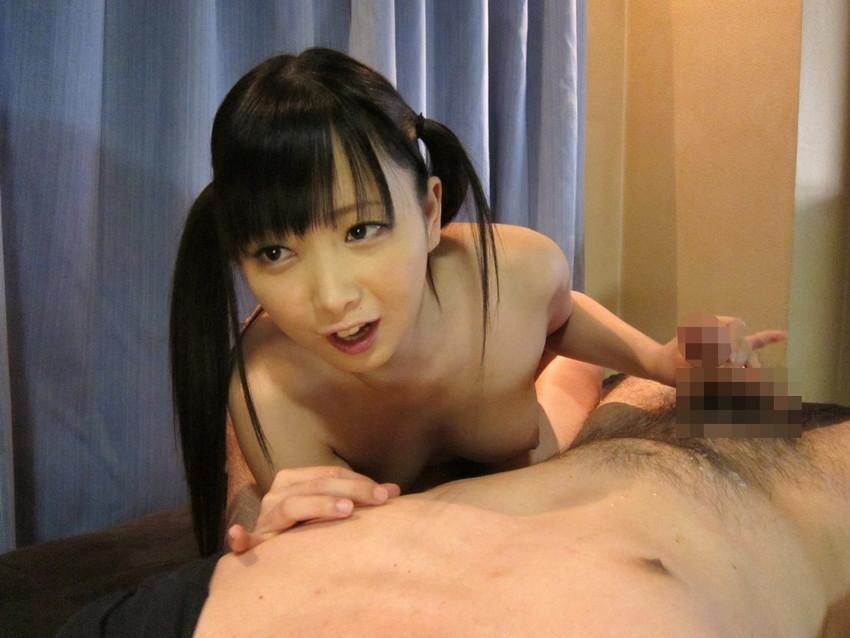 【手コキエロ画像】手コキする女の子たちの奉仕の姿勢がめっちゃエロいwww 46