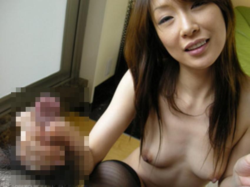 【手コキエロ画像】手コキする女の子たちの奉仕の姿勢がめっちゃエロいwww 47