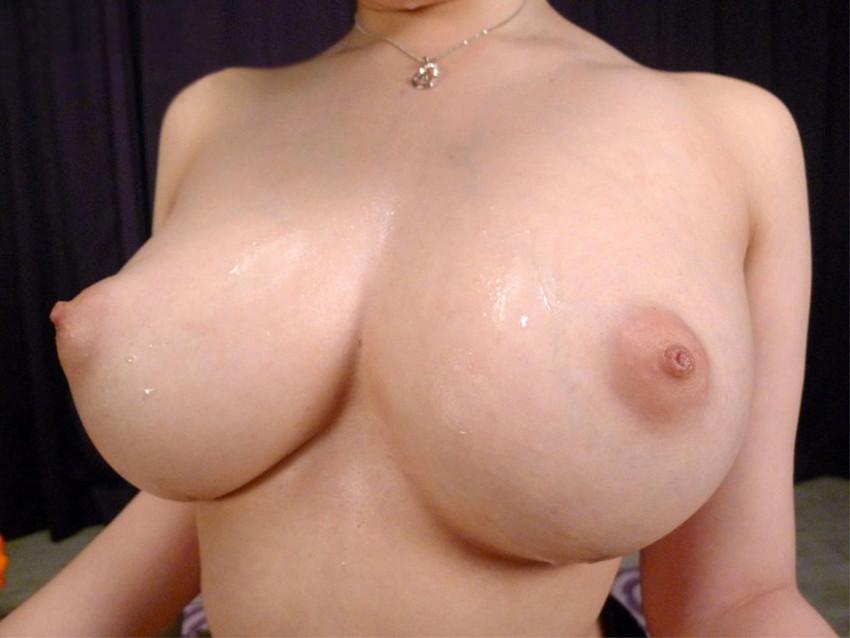 【巨乳エロ画像】色々なおっぱいがあるけど、やっぱり巨乳がいいよな? 38