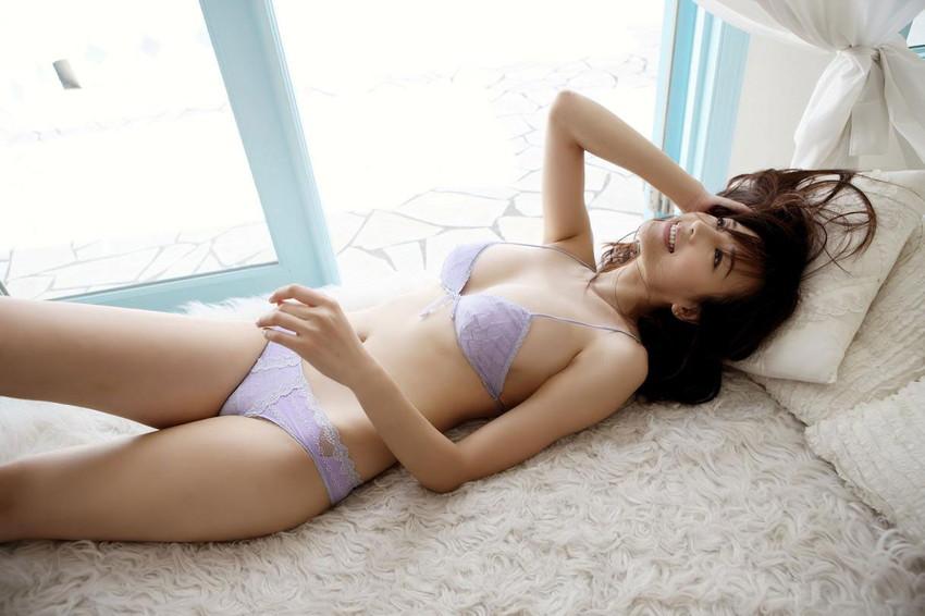 【セクシーランジェリーエロ画像】エロい!?セクシー?過激下着の女の子たち! 17