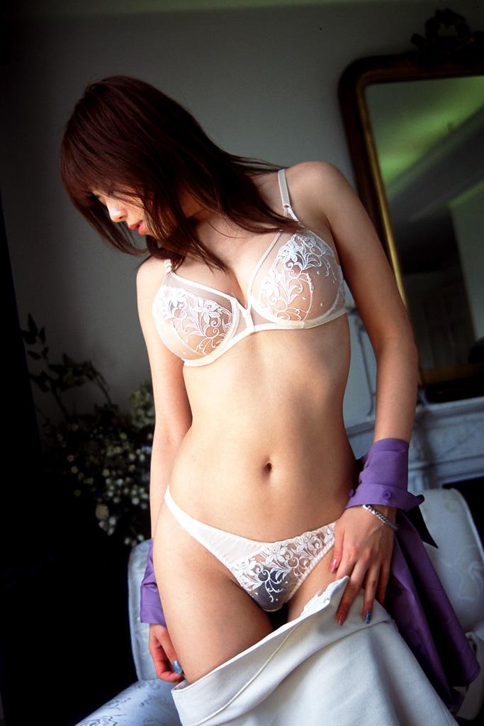 【セクシーランジェリーエロ画像】エロい!?セクシー?過激下着の女の子たち! 30