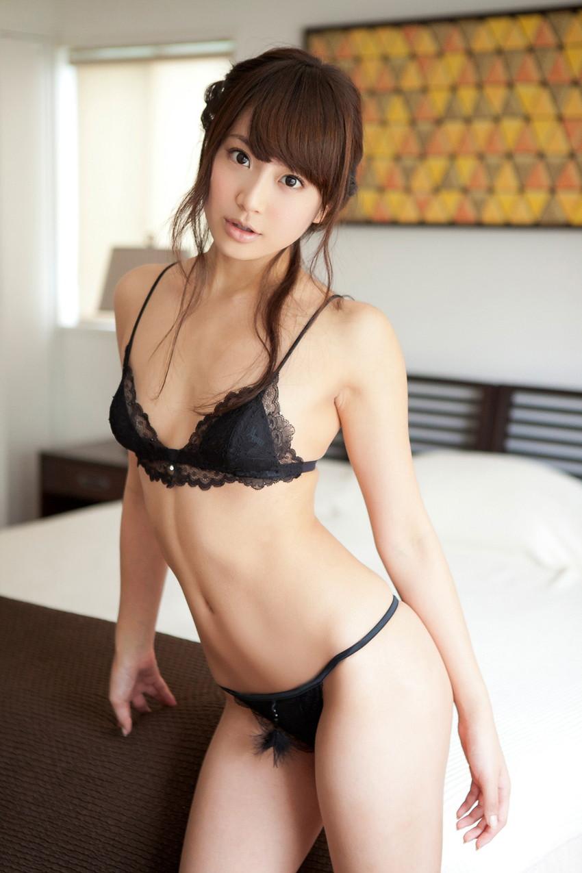 【セクシーランジェリーエロ画像】エロい!?セクシー?過激下着の女の子たち! 41