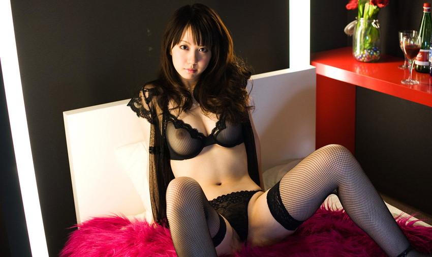 【セクシーランジェリーエロ画像】エロい!?セクシー?過激下着の女の子たち! 49
