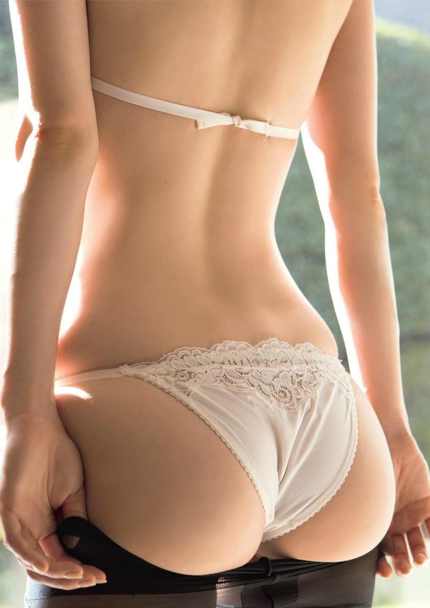 【美尻エロ画像】女の子の綺麗なお尻をクローズアップwww 47