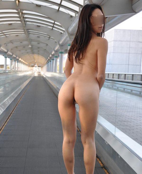 【野外露出エロ画像】実は見せたがりな女の子たちの野外露出!www 47