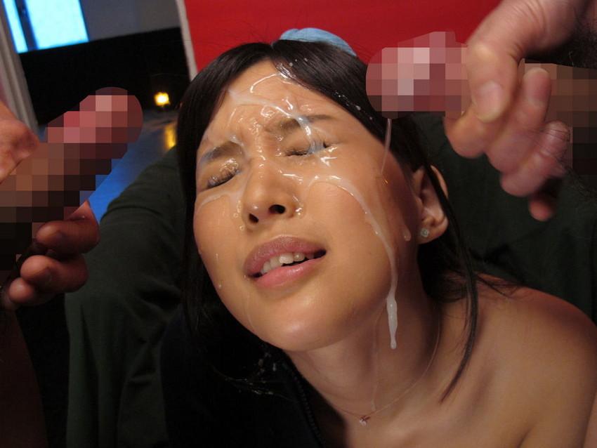 【顔射エロ画像】顔にベットリとかけられたザーメンが卑猥すぎ!www 22