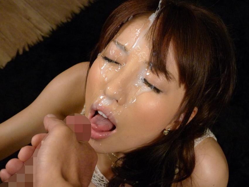 【顔射エロ画像】顔にベットリとかけられたザーメンが卑猥すぎ!www 45