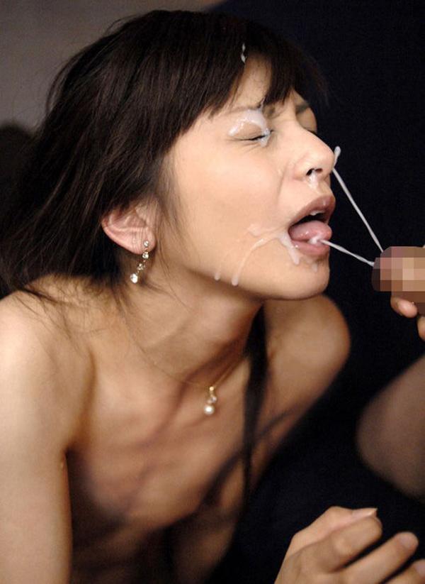 【顔射エロ画像】顔にベットリとかけられたザーメンが卑猥すぎ!www 50