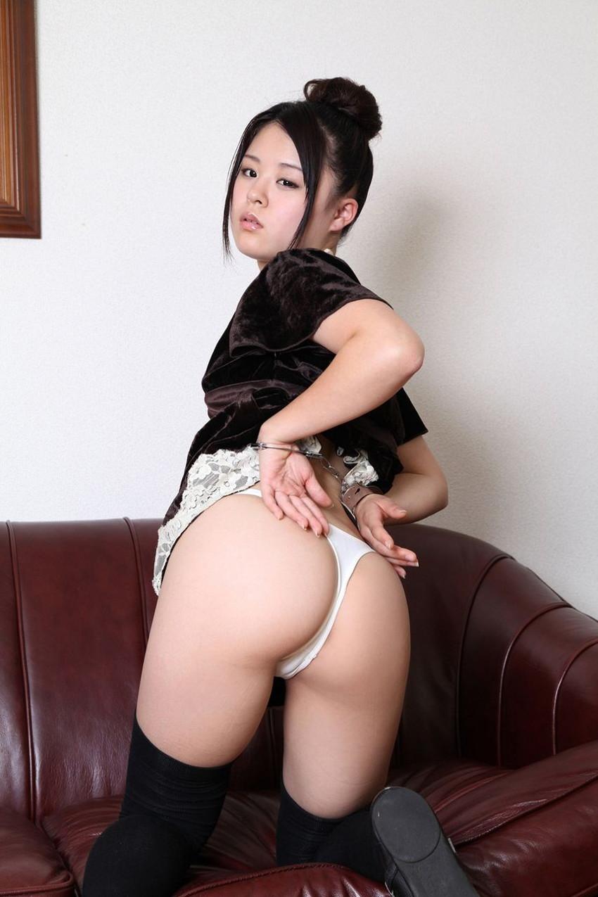 【Tバックエロ画像】Tバックに彩られた女の子のお尻がセクシー!wwww 46