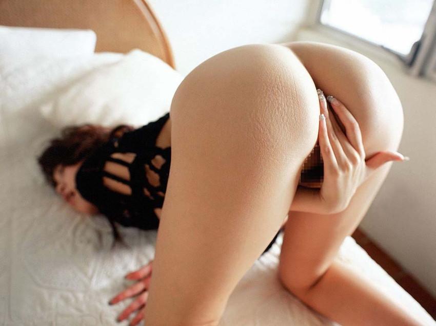 【オナニーエロ画像】性欲をもてあました女たちが必ずする行動がこちらww 45