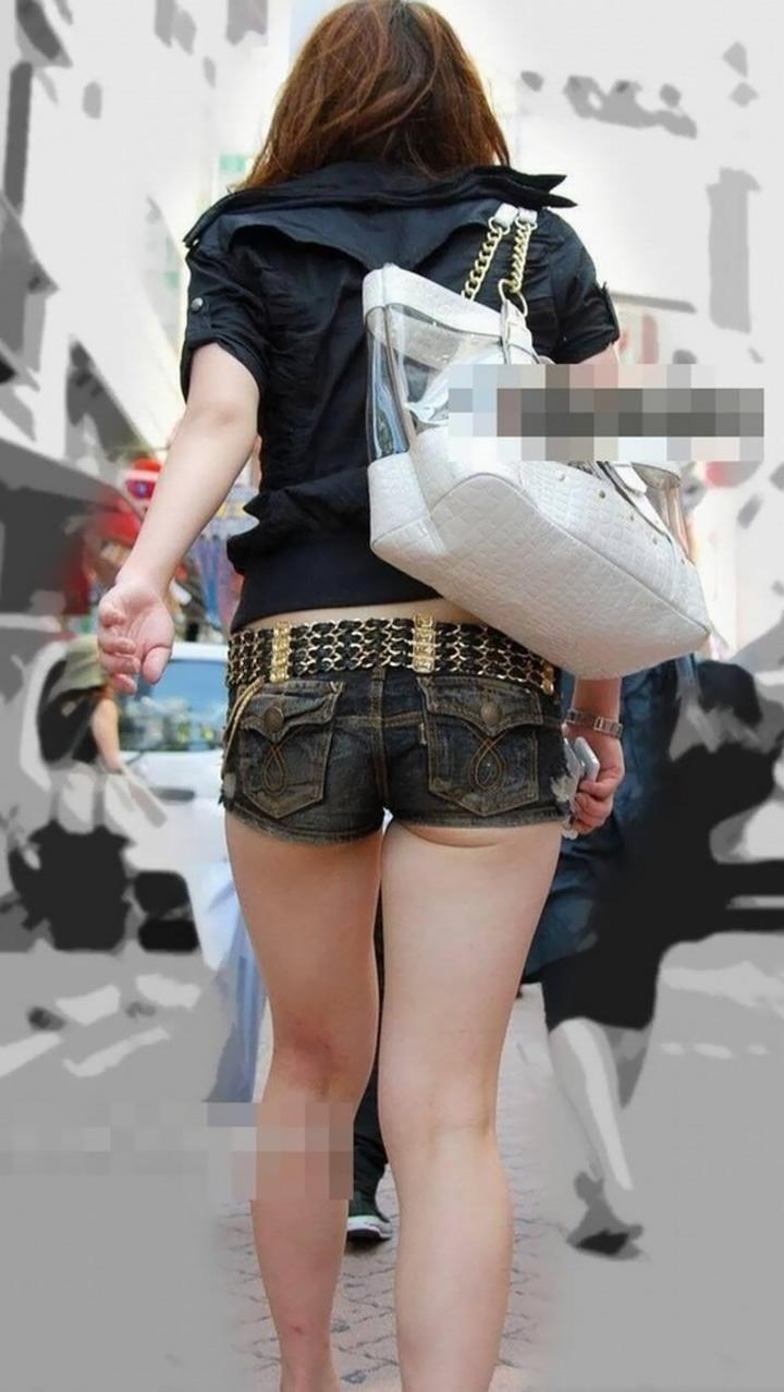 【ホットパンツエロ画像】ついついストーキングしてしまいそうなホットパンツ女子ww 12