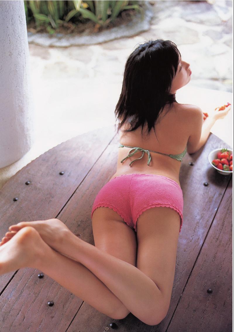 【ホットパンツエロ画像】ついついストーキングしてしまいそうなホットパンツ女子ww 40