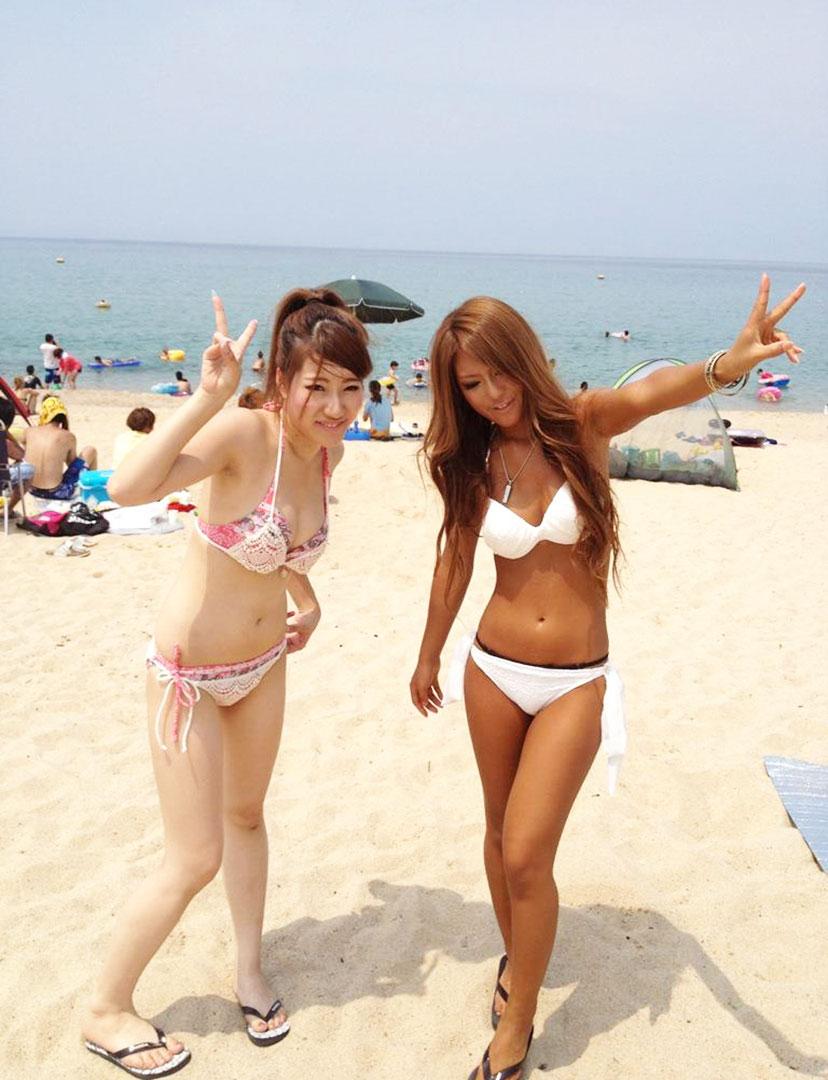 【素人水着エロ画像】素人娘たちの生々しい水着姿にズームイン!wwww 07