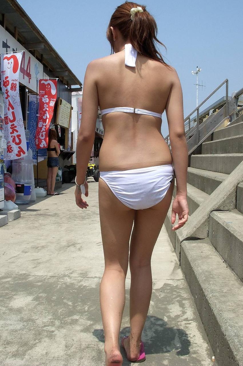 【素人水着エロ画像】素人娘たちの生々しい水着姿にズームイン!wwww 10