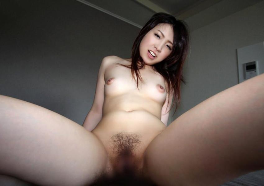 【騎乗位エロ画像】騎乗位という体位で自ら腰を使う女ってエロいだろ!? 39