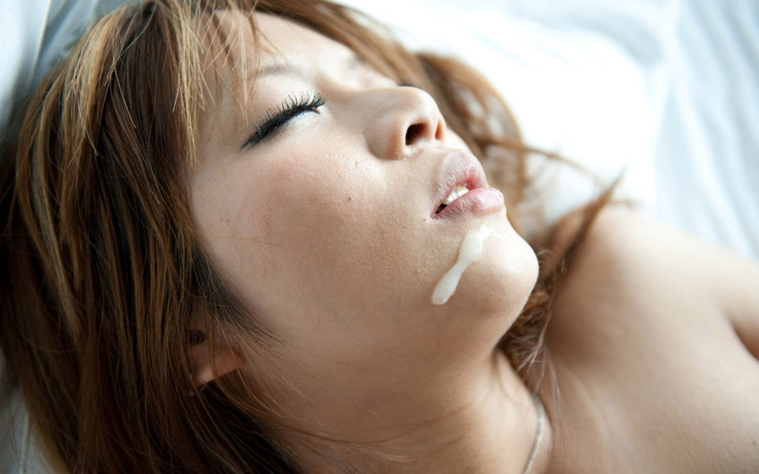【顔射エロ画像】顔にぶっかけられたザーメンが卑猥すぎる顔射!www 35