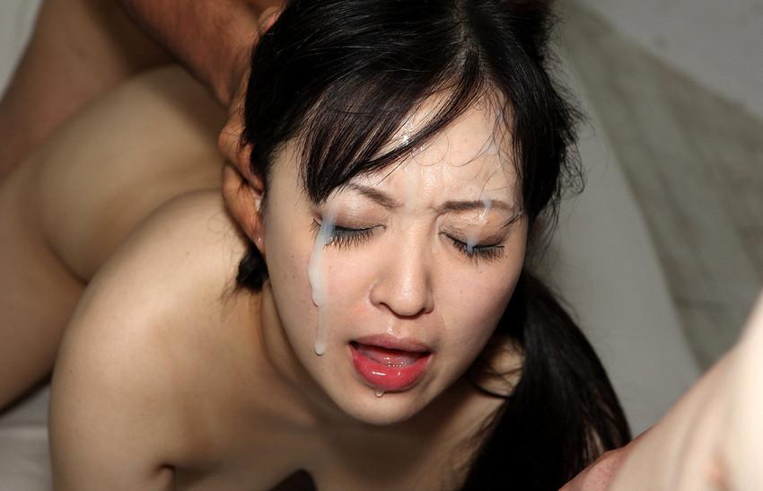 【顔射エロ画像】顔にぶっかけられたザーメンが卑猥すぎる顔射!www 46