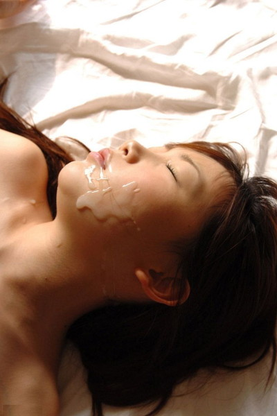 【顔射エロ画像】顔にぶっかけられたザーメンが卑猥すぎる顔射!www 26