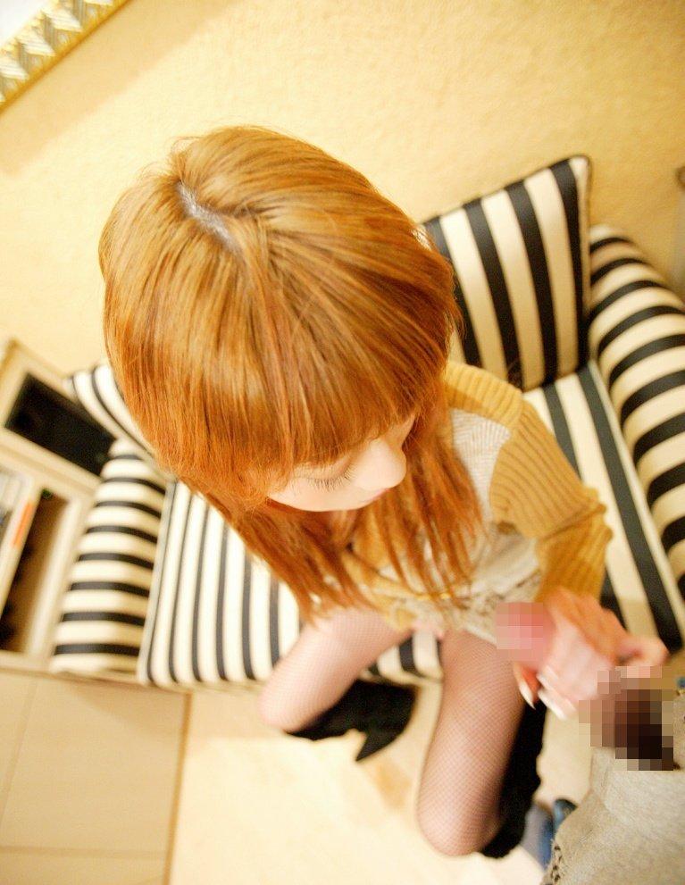 【手コキエロ画像】女の子にしてもらうからこそ意味がある!手コキ画像! 30