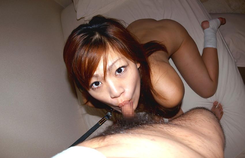 【フェラチオエロ画像】全裸でフェラ!セックス事後?それとも事前?www 14