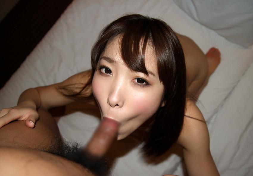 【フェラチオエロ画像】全裸でフェラ!セックス事後?それとも事前?www 39