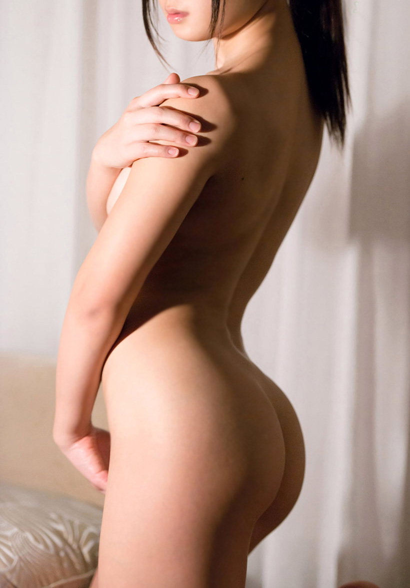 【美尻エロ画像】ぷりんぷりんの女の子らしい美尻に思わず勃起したwwww 39