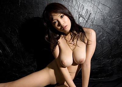 【巨乳エロ画像】巨乳好きのヤツ必見!大きなおっぱいは世の中の男性の希望!w