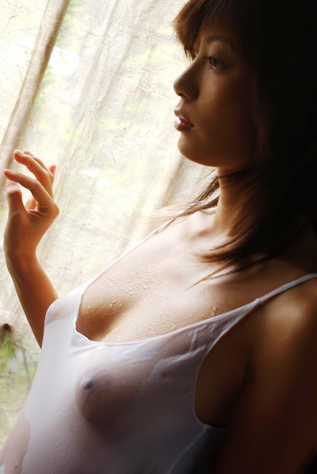 【濡れ透けエロ画像】水に濡れた着衣は予想を上回る透けっぷりだな! 46