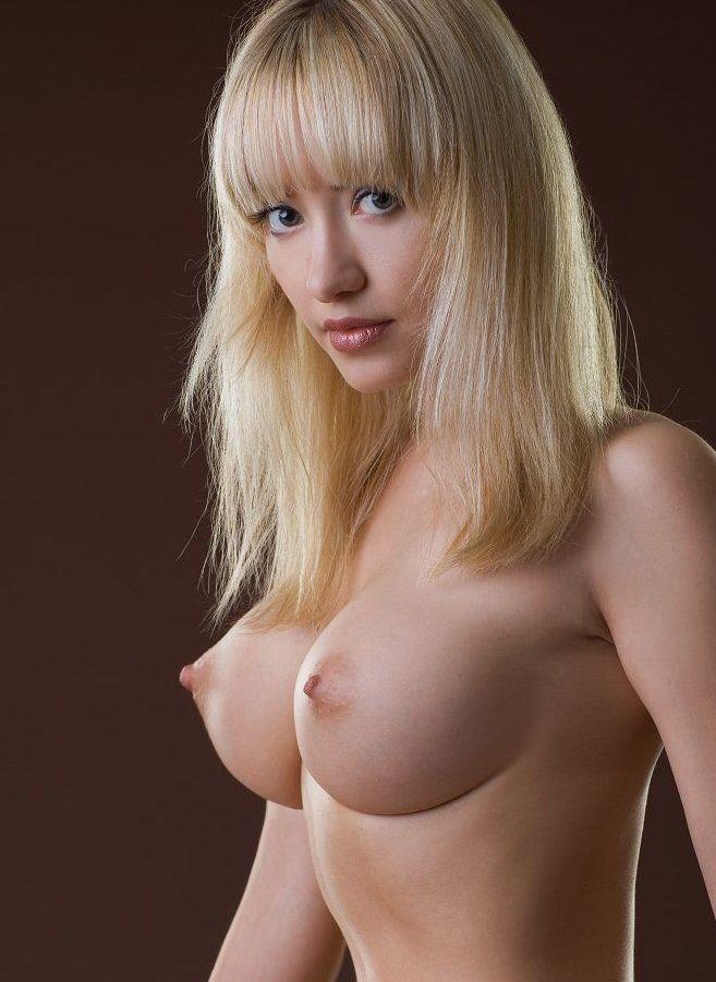 【海外美乳エロ画像】眩しすぎて目がくらむ!?海外の女の子たちの美しすぎるおっぱい! 47