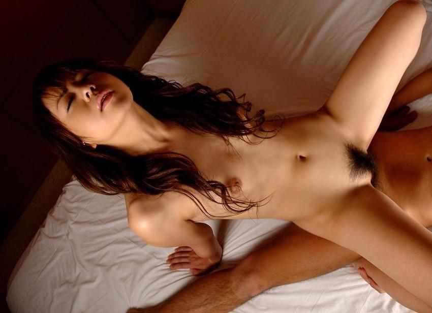 【騎乗位エロ画像】自ら快楽を求めて腰を使う騎乗位でセックスする女エロ杉! 46