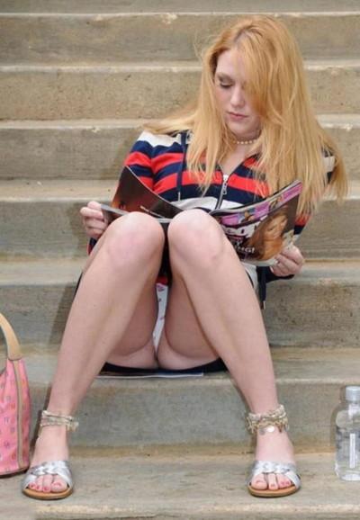 【海外パンチラエロ画像】海外の女の子たちのパンチラ画像集めたったww 24