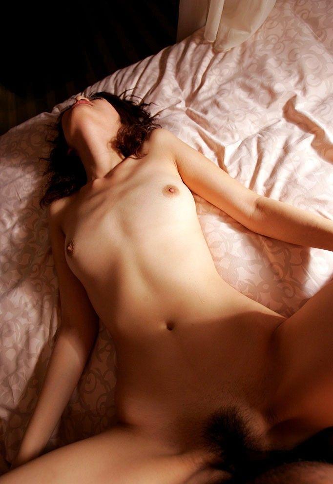 【正常位セックスエロ画像】ノーマルな体位だけど実はすごくエロい体位がこちら?w 19