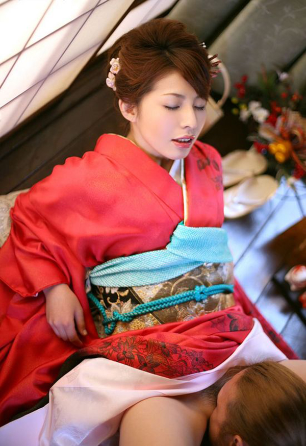 【和服エロ画像】和服姿のエロカワな女の子!これぞまさに大和撫子!? 15