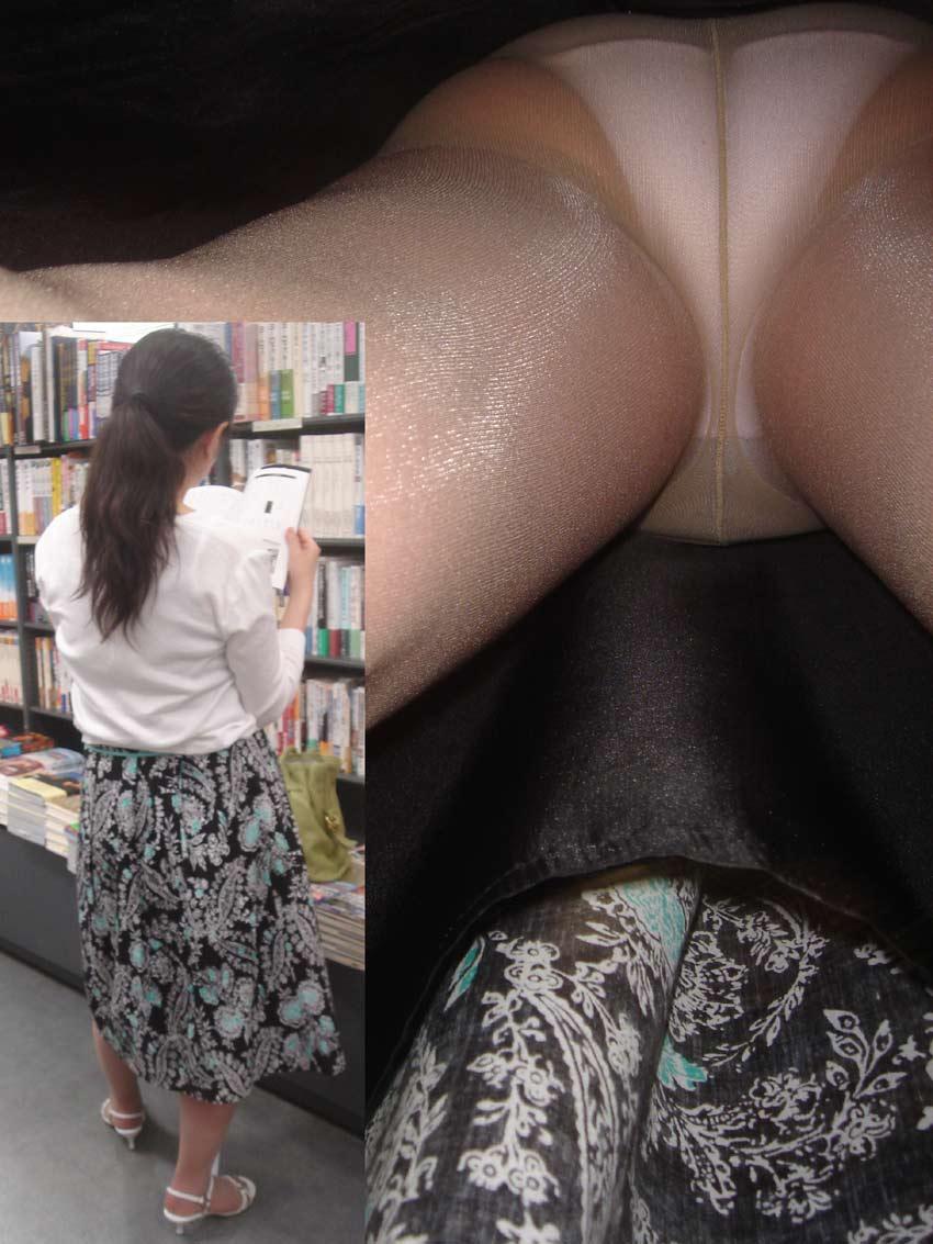 【パンチラ盗撮エロ画像】油断大敵!不本意にもパンチラを盗撮されてしまった女の子! 32