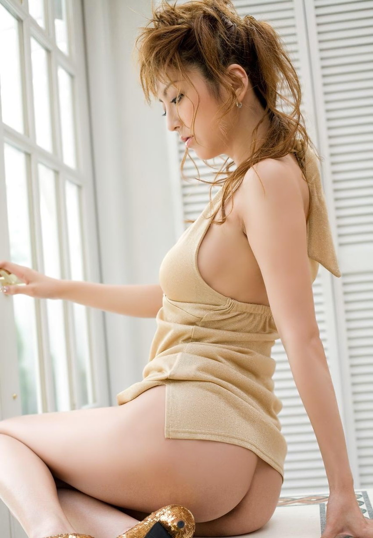 【美尻エロ画像】売れた果実のようにぷるんぷるんな女の子の美尻にズームイン! 50