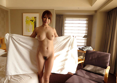 【乳首エロ画像】おっぱいが美乳ってことはやっぱり乳首も綺麗であるべき!