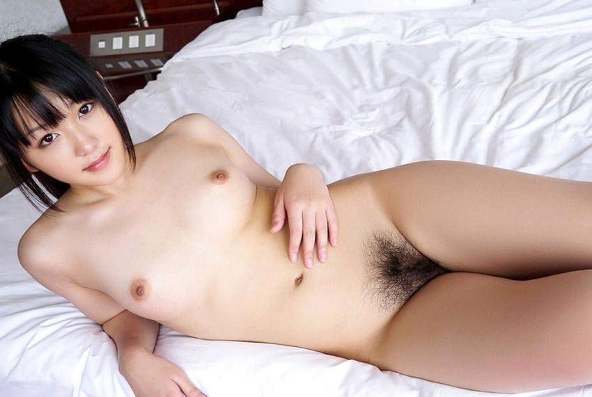 【ちっぱいエロ画像】巨乳じゃなくても、おっぱいの魅力ってあるんじゃないか? 31