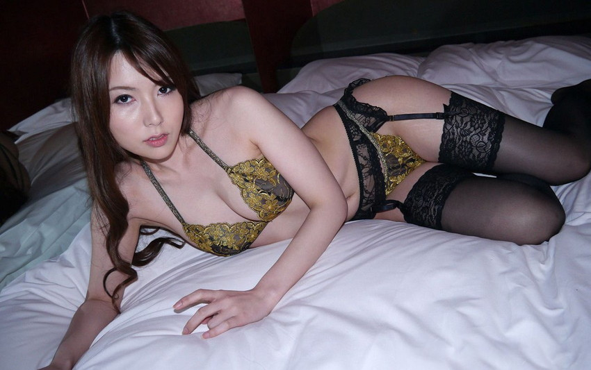 【美熟女エロ画像】こんな美人な熟女なら金払ってでもお相手してみたい! 37