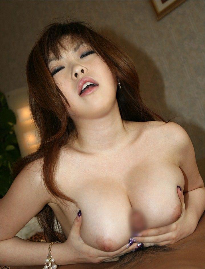 【パイズリエロ画像】巨乳好きにはたまらない巨乳をいかしたぷレイといえばこちらw 36