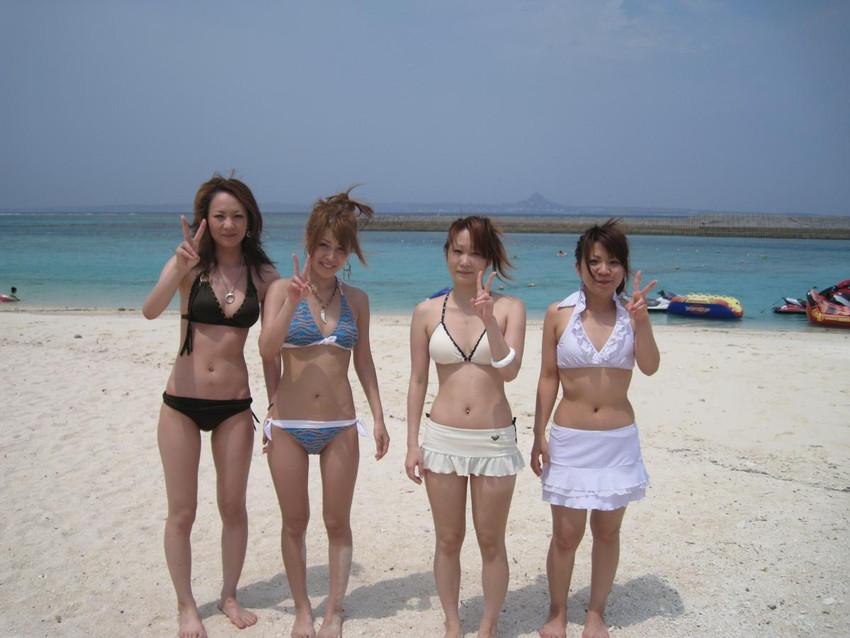 【素人水着エロ画像】ガチ素人娘たちの水着姿が生々しくて抜けるッ! 11