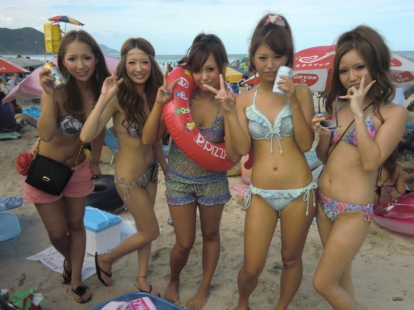 【素人水着エロ画像】ガチ素人娘たちの水着姿が生々しくて抜けるッ! 15